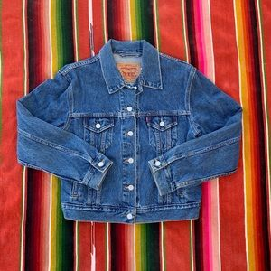 Levis Denim Jacket Size M